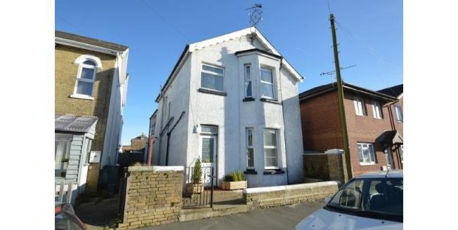 Asking Price £249,500, 3 Bedroom Detached House For Sale in Ryde, PO33