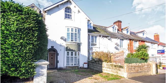 Asking Price £165,000, 2 Bedroom Maisonette For Sale in Ryde, PO33