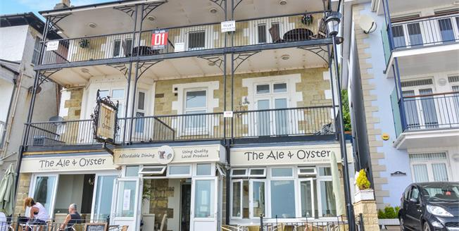 Offers in the region of £230,000, 2 Bedroom Flat For Sale in Ventnor, PO38