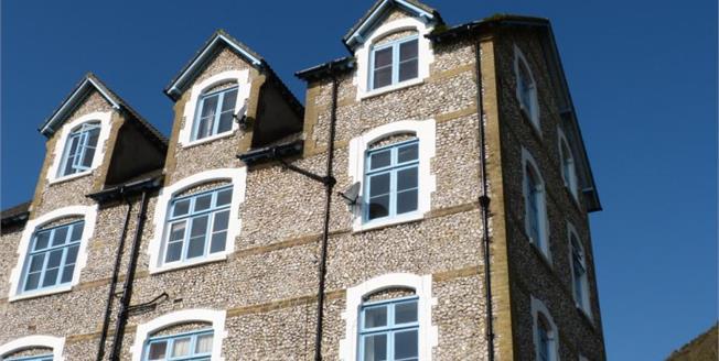 Guide Price £55,000, 1 Bedroom Upper Floor Flat For Sale in Ventnor, PO38
