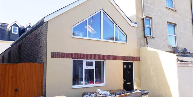 Asking Price £169,950, 2 Bedroom Semi Detached House For Sale in Shanklin, PO37