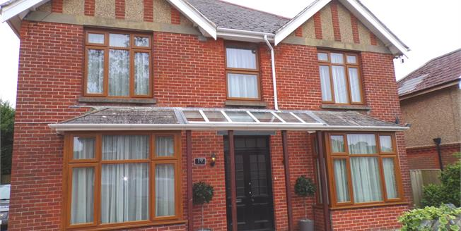 Guide Price £399,950, 5 Bedroom Detached House For Sale in Shanklin, PO37