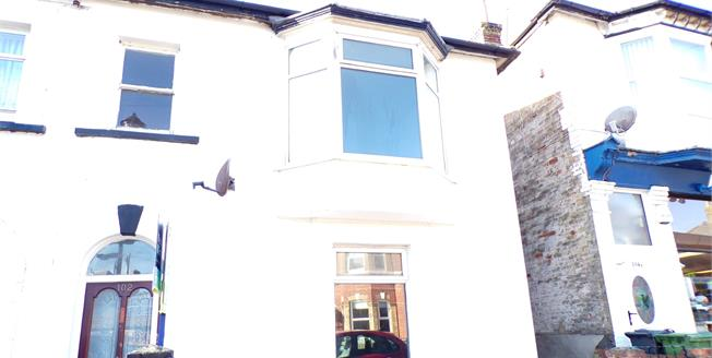 Asking Price £185,000, 3 Bedroom House For Sale in Shanklin, PO37