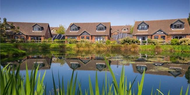 £210,000, 3 Bedroom Semi Detached House For Sale in Ventnor, PO38