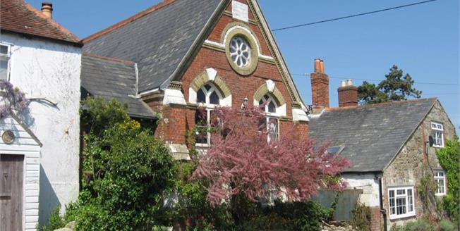 Asking Price £325,000, 4 Bedroom Semi Detached House For Sale in Chale Green, PO38