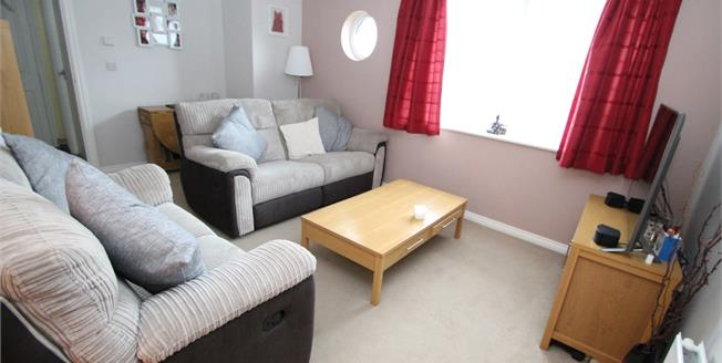 Offers in excess of £285,000, 1 Bedroom Flat For Sale in Croydon, CR0