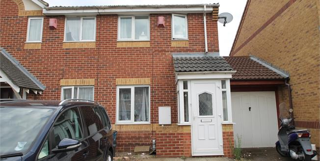 Asking Price £325,000, 2 Bedroom House For Sale in Croydon, CR0