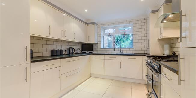 Guide Price £450,000, 3 Bedroom Semi Detached House For Sale in Chessington, KT9
