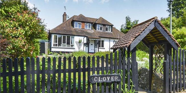Offers in excess of £650,000, 3 Bedroom Detached For Sale in Merstham, RH1