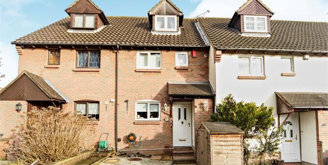Guide Price £400,000, 3 Bedroom Terraced House For Sale in Sutton, SM1