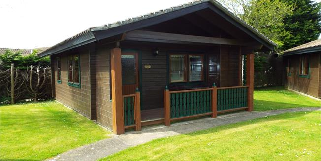 Guide Price £69,950, 2 Bedroom Detached Bungalow For Sale in Rousdon, DT7