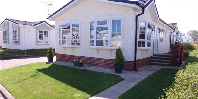 Asking Price £179,950, 2 Bedroom Detached Bungalow For Sale in Bridgwater, TA6