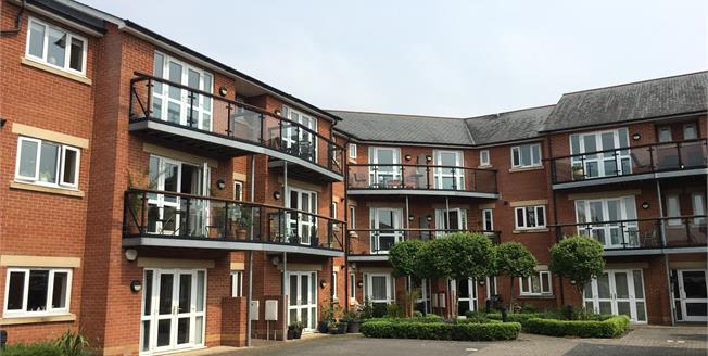 Asking Price £222,500, 2 Bedroom Flat For Sale in Taunton, TA1