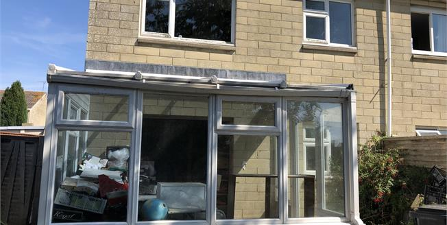 Offers in excess of £85,000, 1 Bedroom Terraced House For Sale in Taunton, TA2