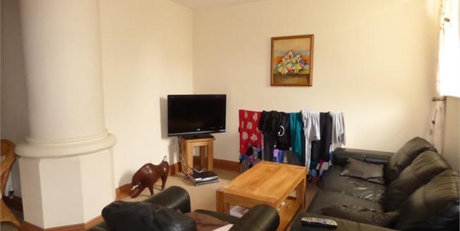 £170,000, 3 Bedroom Ground Floor Flat For Sale in Weston-super-Mare, BS23