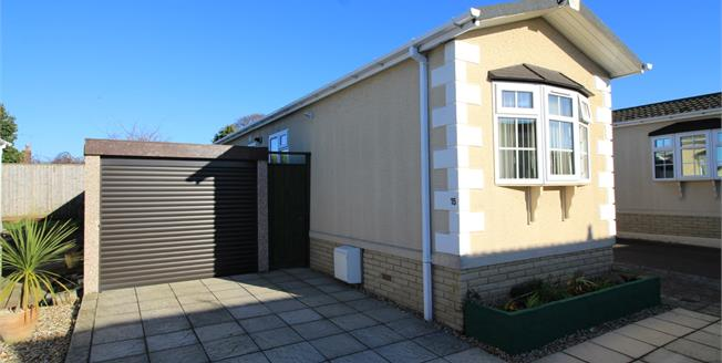 Asking Price £150,000, 1 Bedroom Detached Bungalow For Sale in Christchurch, BH23