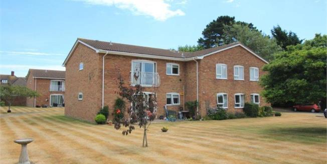Offers Over £250,000, 2 Bedroom Upper Floor Flat For Sale in Highcliffe, BH23