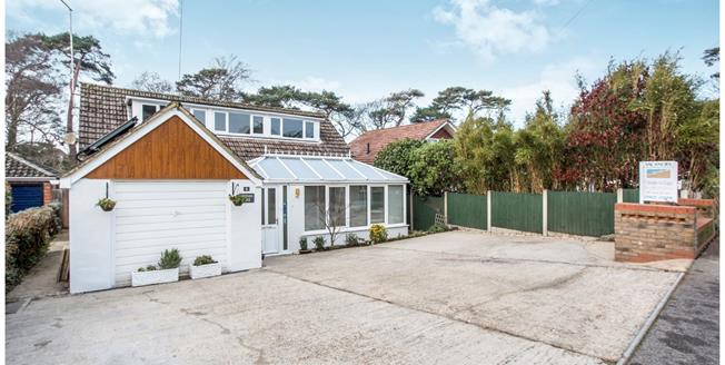 Asking Price £695,000, 4 Bedroom Detached House For Sale in Christchurch, BH23