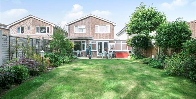 Asking Price £435,000, 3 Bedroom Link Detached House For Sale in Christchurch, BH23