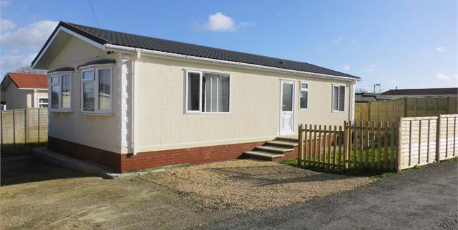 £148,000, 2 Bedroom Detached For Sale in Winterborne Whitechurch, DT11
