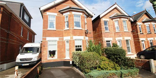 Guide Price £400,000, 4 Bedroom Detached House For Sale in Bournemouth, BH6