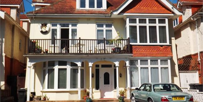 Guide Price £650,000, 6 Bedroom Detached House For Sale in Bournemouth, BH6