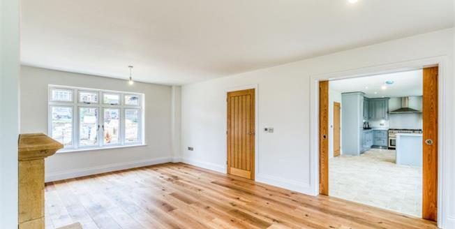 £775,000, 4 Bedroom Detached House For Sale in Weston-Subedge, GL55