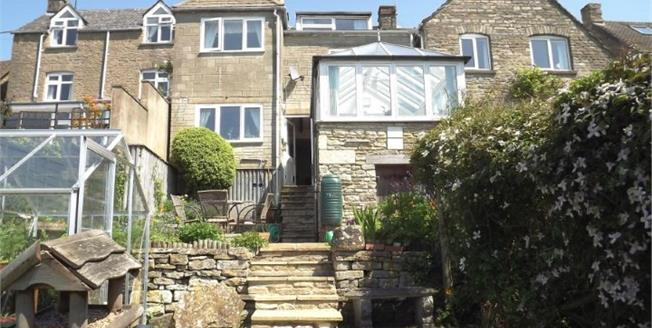 Guide Price £310,000, 4 Bedroom Terraced House For Sale in Tetbury, GL8