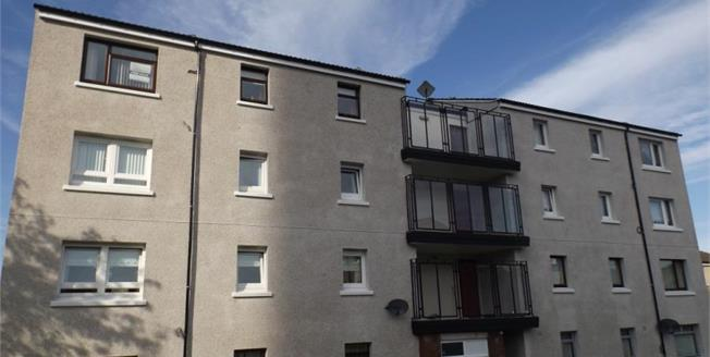 Offers Over £59,995, 2 Bedroom Upper Floor Flat For Sale in Greenock, PA15