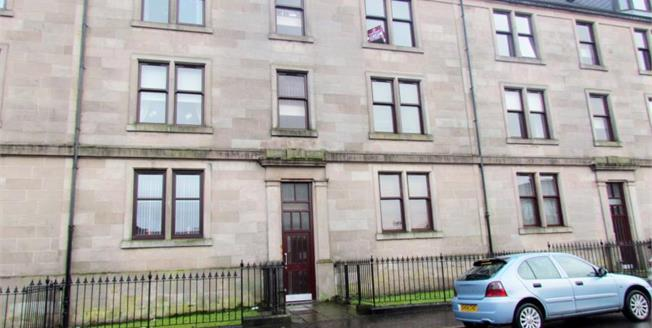 Offers Over £69,000, 2 Bedroom Ground Floor Flat For Sale in Inverclyde, PA15