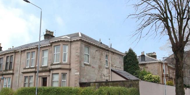 Offers Over £215,000, 3 Bedroom Upper Floor Flat For Sale in Greenock, PA16