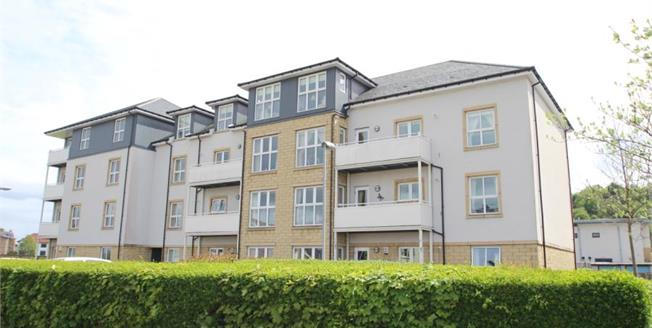 Offers Over £195,000, 2 Bedroom Upper Floor Flat For Sale in Greenock, PA16