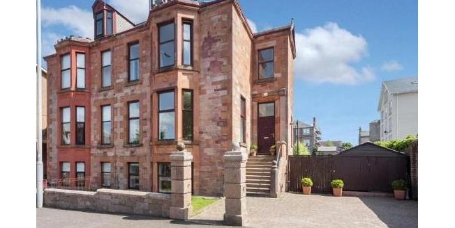 Offers Over £275,000, 5 Bedroom Town House For Sale in Greenock, PA16