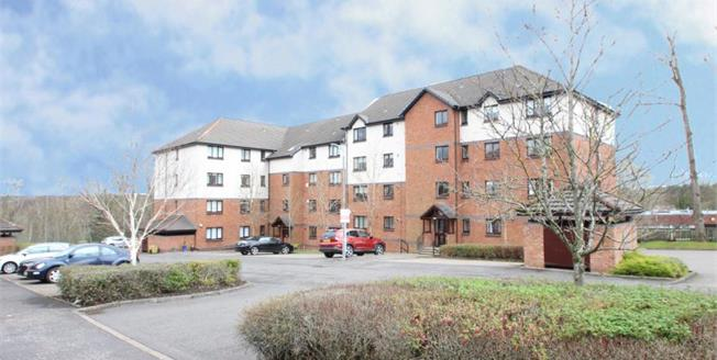 Offers Over £76,500, 1 Bedroom Upper Floor Flat For Sale in Hamilton, ML3