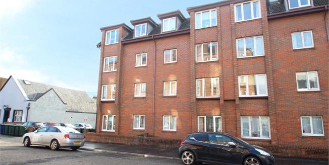Offers Over £42,000, 1 Bedroom Upper Floor Flat For Sale in Helensburgh, G84