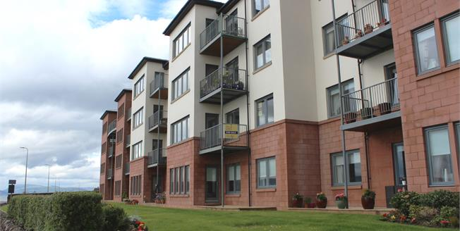 Offers Over £205,000, 3 Bedroom Flat For Sale in Skelmorlie, PA17