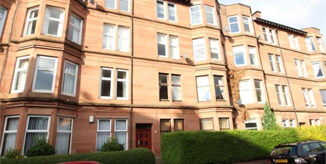 Fixed Price £145,000, 2 Bedroom Upper Floor Flat For Sale in Glasgow, G42