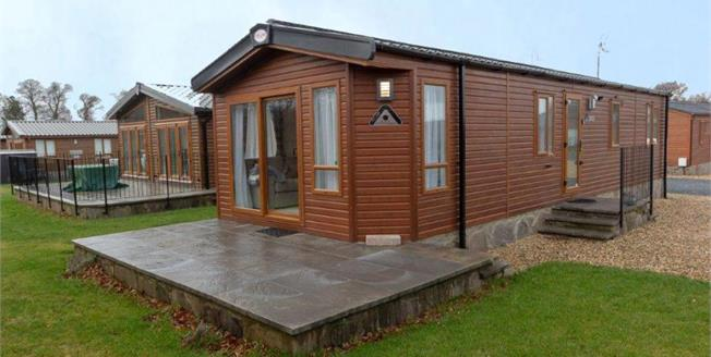 Offers in the region of £90,000, 2 Bedroom Mobile Home For Sale in Dunning, PH2