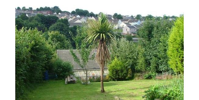 Asking Price £105,000, 2 Bedroom For Sale in Bodmin, PL31