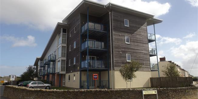 £96,000, 1 Bedroom Flat For Sale in Tuckingmill, TR14