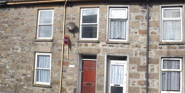 Asking Price £80,000, 2 Bedroom Upper Floor Maisonette For Sale in Camborne, TR14