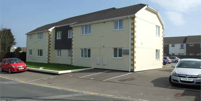 Offers in excess of £100,000, 2 Bedroom Flat For Sale in Camborne, TR14