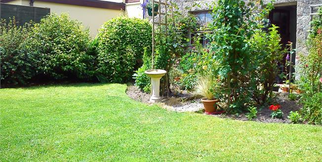 Asking Price £185,000, 2 Bedroom Semi Detached Cottage For Sale in Porkellis, TR13