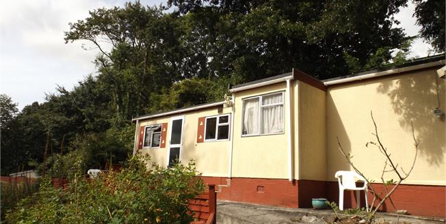 Asking Price £60,000, 1 Bedroom Detached Mobile Home For Sale in Bell Lake, TR14