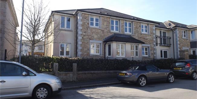 Asking Price £110,000, 1 Bedroom Flat For Sale in Camborne, TR14