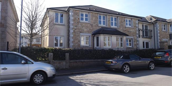 £66,000, 1 Bedroom Flat For Sale in Camborne, TR14