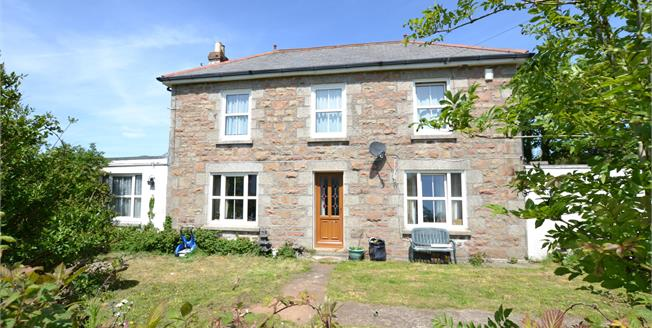 Asking Price £325,000, 5 Bedroom Detached House For Sale in West Seaton, TR14