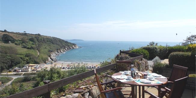 Asking Price £255,000, 2 Bedroom Flat For Sale in Maenporth, TR11