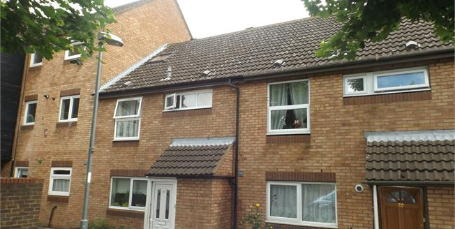 Guide Price £325,000, 2 Bedroom Terraced House For Sale in Romford, RM6