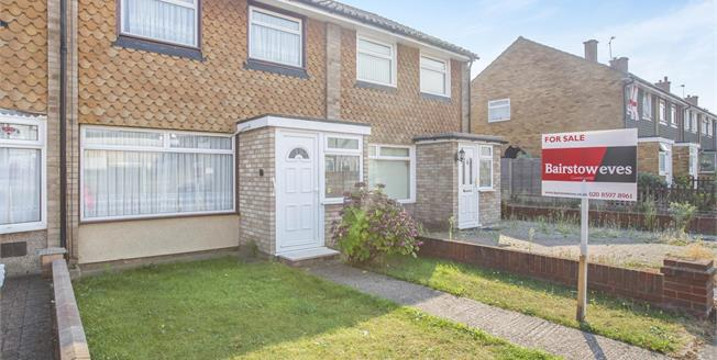 Guide Price £325,000, 3 Bedroom Terraced House For Sale in Romford, RM6